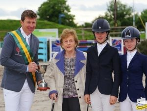 Clem McMahon winning New Heights Mullingar CSI2* International Grand Prix prizegiving presented byMargaret, Robyn and Chloe Fagan, TRM Horseware Showjumping Ireland