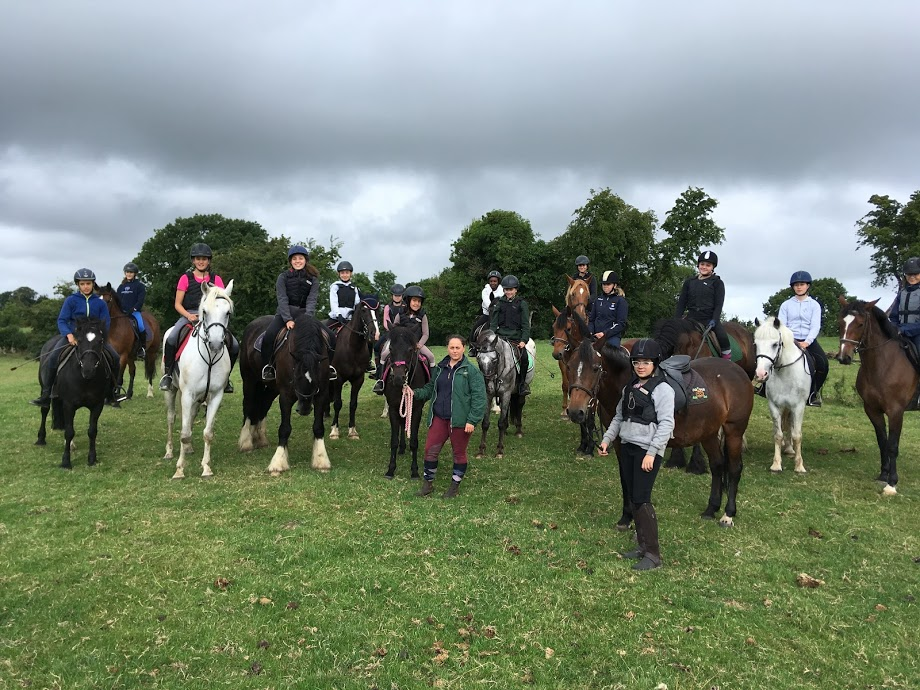 Horse Riding & English Teenagers - Mullingar Equestrian Ireland